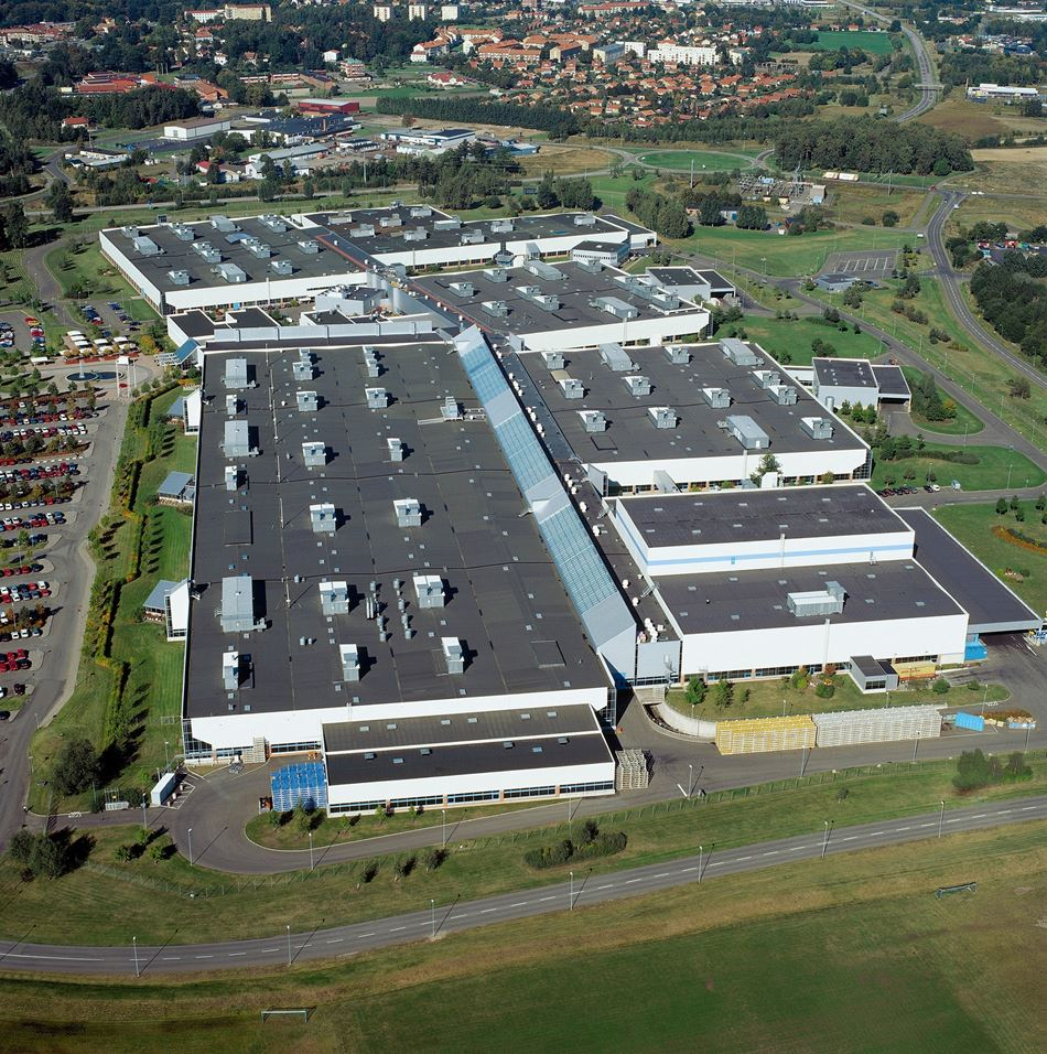 Компанія Volvo Cars вироблятиме власні електродвигуни у Швеції